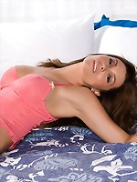 Heather Vandeven is really sexy in this pink underwear