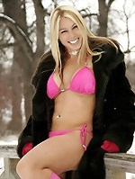 Solo Outdoors Blond In The Snow